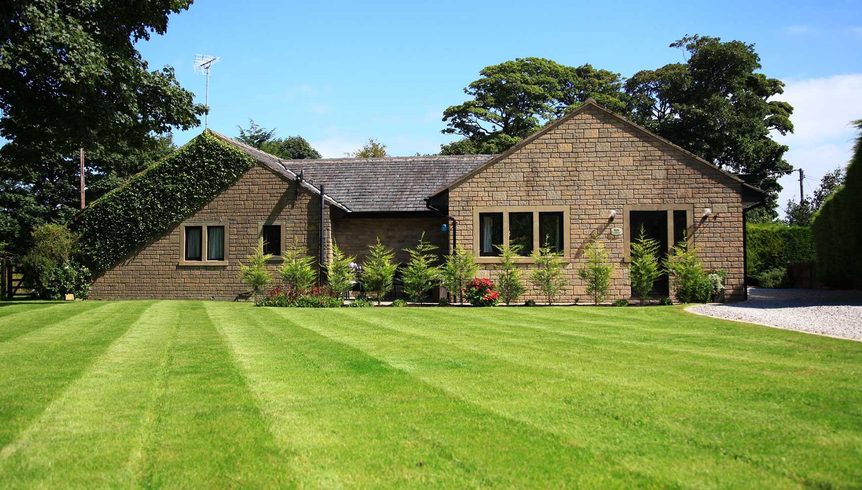 1/10 Calder Cottage