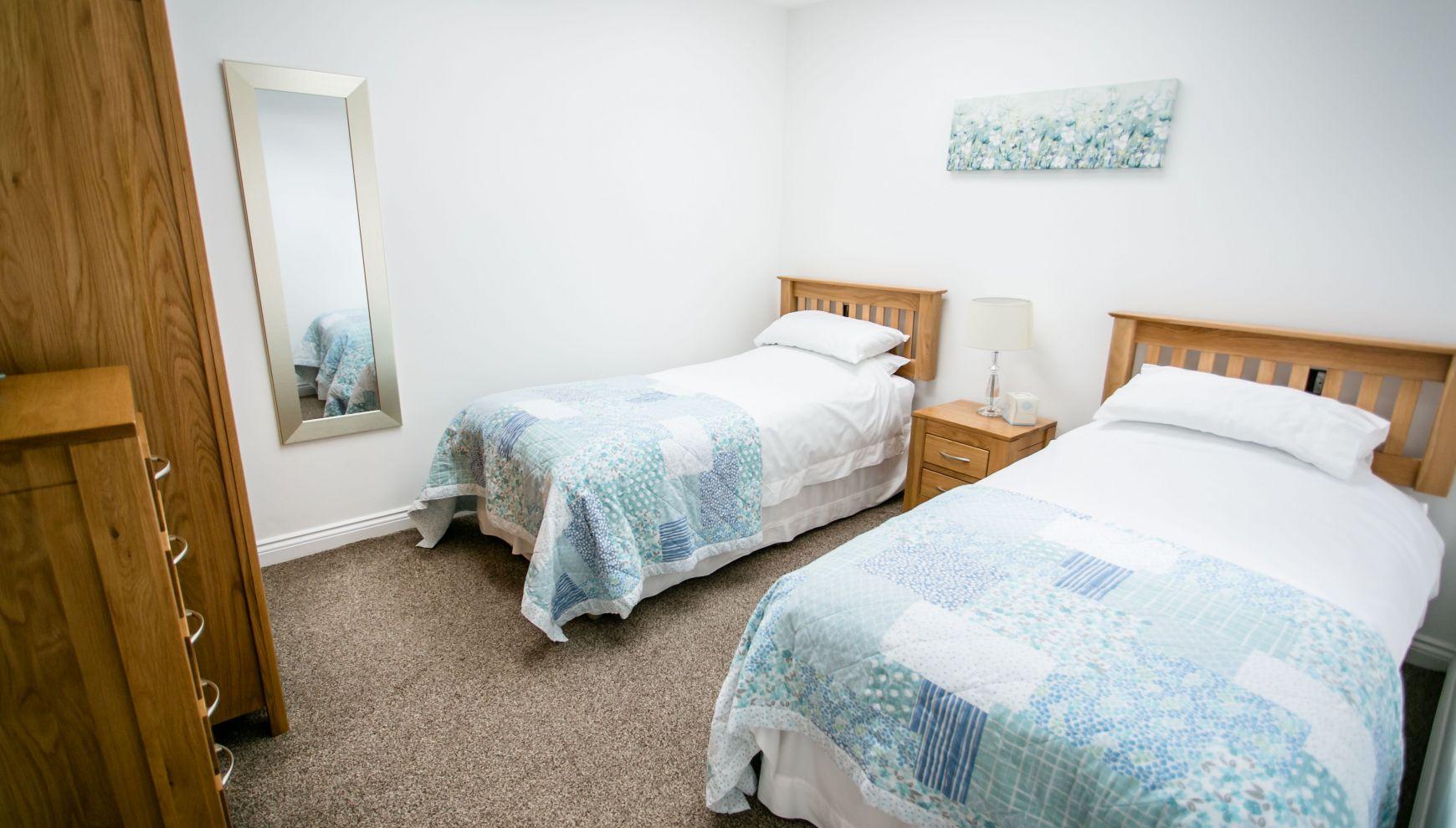 14/15 Twin Bedroom