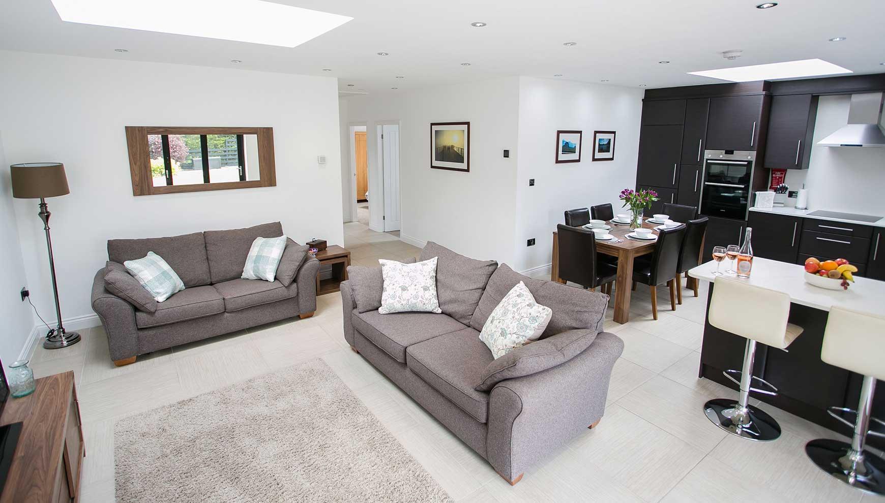 4/15 Open plan Living Room